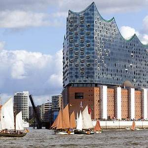 Hotel Nähe Elbphilharmonie : hamburger cruise days ~ Watch28wear.com Haus und Dekorationen