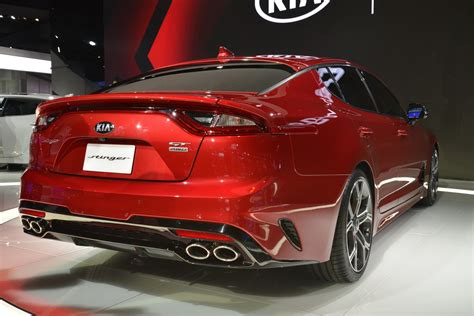kia colors new kia stinger shows its colors in detroit carscoops