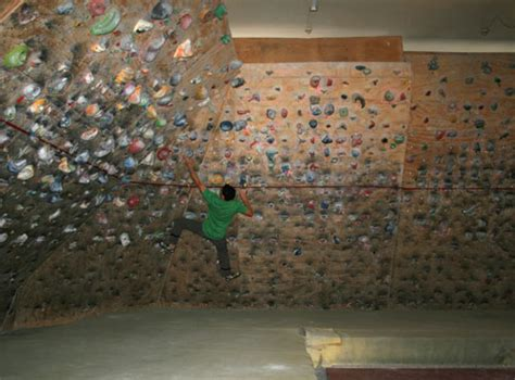 Child S Room Wall Nz by Room 14 Bouldering Dunedin Nz Alpine Club