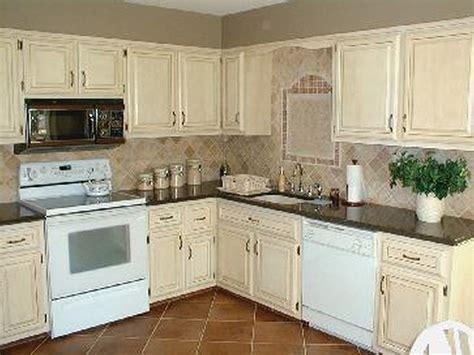antique whitewash kitchen cabinets furniture designs antique white furniture diy diy antique 4140