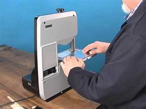 Demonstration of Micro-Mark #82203 Variable Speed Bandsaw