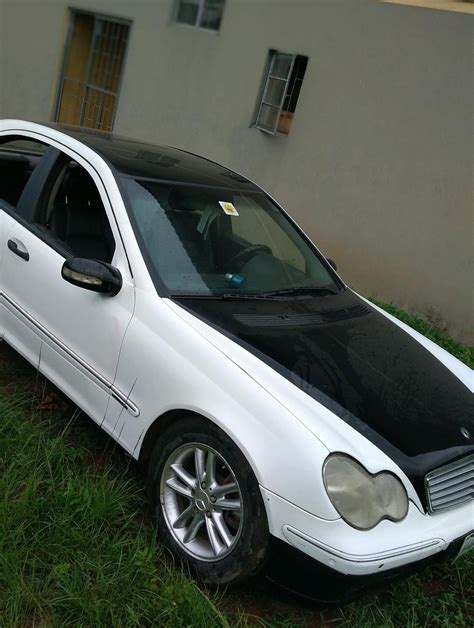 Petrol unit, produced by mercedes benz. Nigerian Used Mercedes Benze C40 For Sale in Ibadan