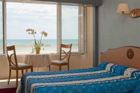 hotel mediterranee port la nouvelle hotel mediterranee port la nouvelle port la nouvelle voir les tarifs et 151 avis