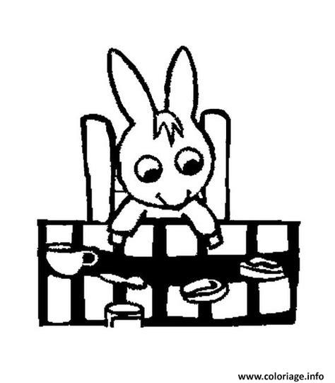 trotro fait la cuisine coloriage trotro a table dessin