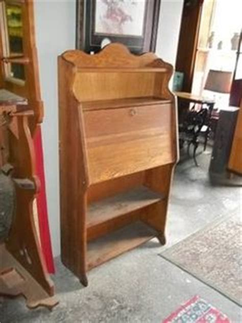 Front Desk Craigslist Ny by Antiques Paper And On