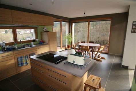 cuisine moderne ilot central ilot central cuisine bois charming ilot central design