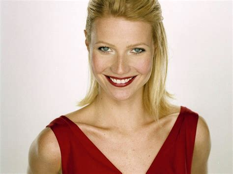 gwyneth paltrow smile wallpaper high quality wallpapers