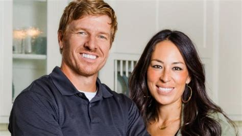 strange facts  chip  joanna gaines marriage