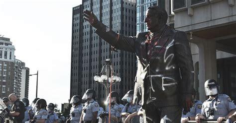 mayor kenney tear   frank rizzo statue