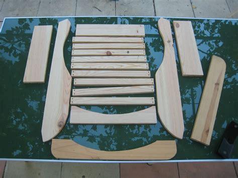 plan de chaise en bois gratuit fauteuil adirondack en pin créations et bricolages d 39 oli