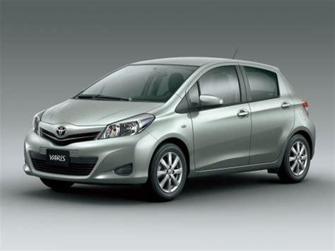 toyota yaris hatchback    uae  car prices