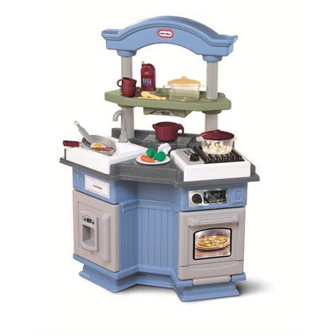 tikes sizzle  pop kitchen review pros  cons