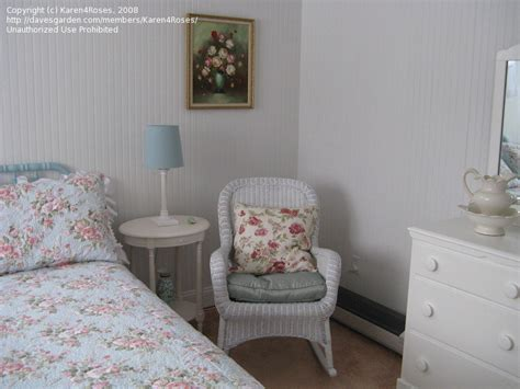 shabby chic guest bedroom home talk shabby chic guest room help 1 by karen4roses
