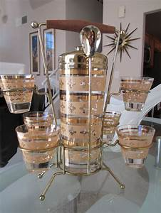 Set A Cocktail : reserved for jen mid century cocktail bar set shaker with 6 glasses in tall caddy cocktails ~ Teatrodelosmanantiales.com Idées de Décoration