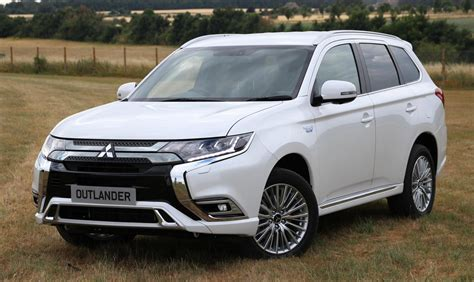 mitsubishi outlander phev uk pricing specs