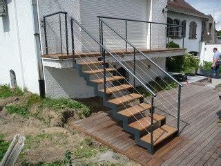 escalier bois occasion decoration escalier surprenant occasion suspendu exterieure