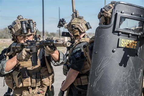 Swat, Tactical Gear