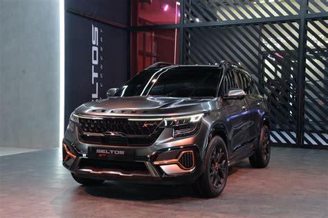 kia sonet concept announces global small suv  indias auto expo  carscoops