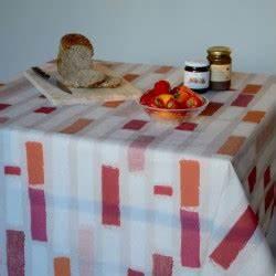 Nappe Ovale Enduite : nappe enduite ronde ou ovale rayure patch orange ~ Teatrodelosmanantiales.com Idées de Décoration