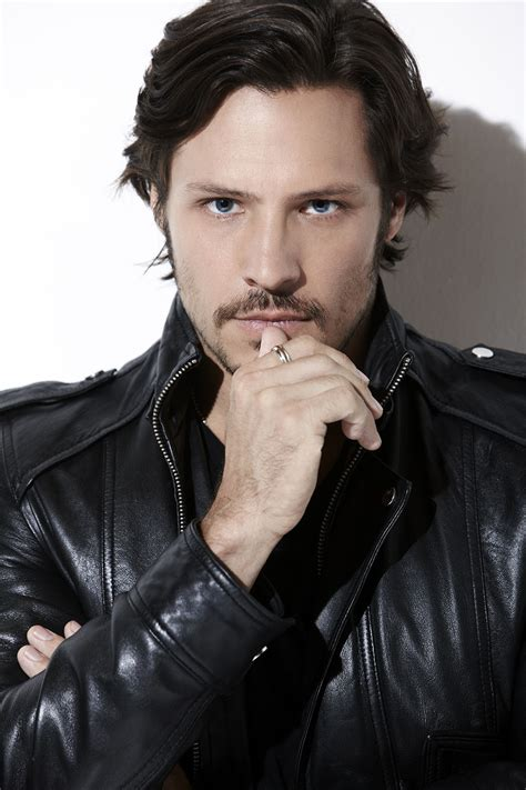 nick wechsler joins chicago pd season  hollywood reporter