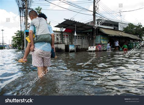 Samutprakarn Thailand November 08 Heavy Flooding Stock