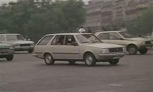Imcdb Org  1982 Renault 18 Break Tl S U00e9rie 1  X34  In  U0026quot La Ragazza Di Trieste  1982 U0026quot