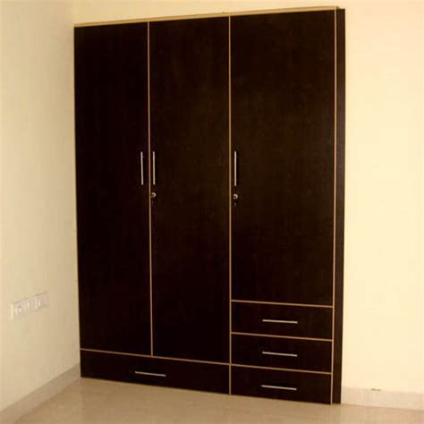 wooden almirah rs  piece vishwakarma furniture