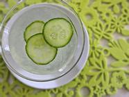 pickle  cucumbers edible feast