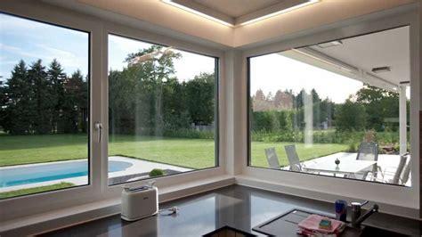 Modernes, Lichtdurchflutetes Einfamilienhaus Mit Garten