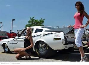 Cuvy Automobiles : girls and muscle cars wallpaper wallpapersafari ~ Gottalentnigeria.com Avis de Voitures