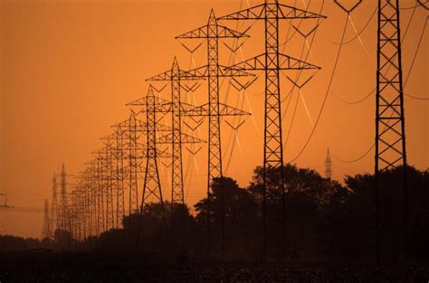 pge smart grid projects delivering customer benefits