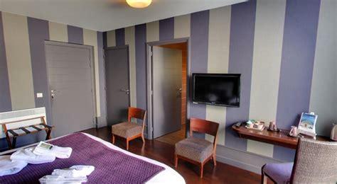 chambre de vannes chambre d 39 hôte décor cabine de bateau adapté aux pmr