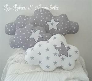 Veilleuse Bébé Nuage : trio de coussins nuage toil s blanc gris b b ~ Teatrodelosmanantiales.com Idées de Décoration