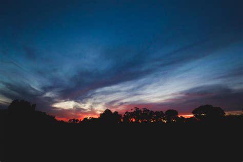 photo  silhouette dark sky stocksnapio