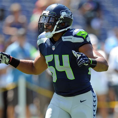 bobby wagner injury updates  seahawks lbs toe