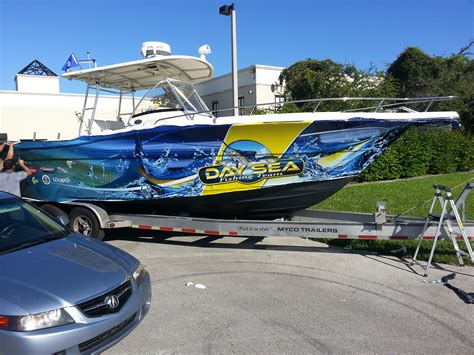 Fishing Boat Wrap Pics by Custom Graphics Vinyl Wraps Boat Wraps Florida
