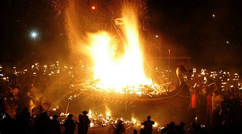 Viking Longboat Burning by Vikings Crown Dramatic March On Scotland With Ship Burning