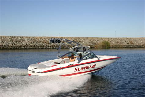 Supreme Boats by Research 2013 Ski Supreme V226 On Iboats
