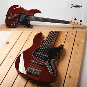 Sire V3 5 Strings  Ma Colour