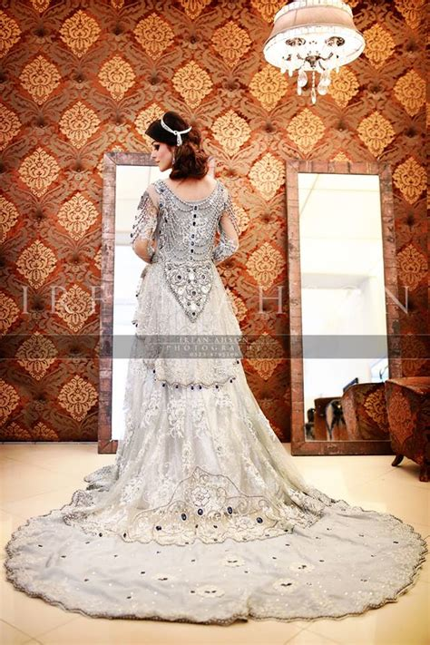 latest wedding maxis long tail dresses designs collection