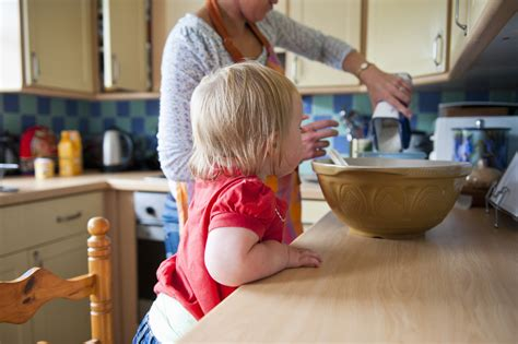 Expert Tips How To Reduce Fussy Eating Before Solids Are