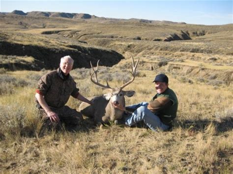 deer mule wyoming hunting guides harvested largest richard ever