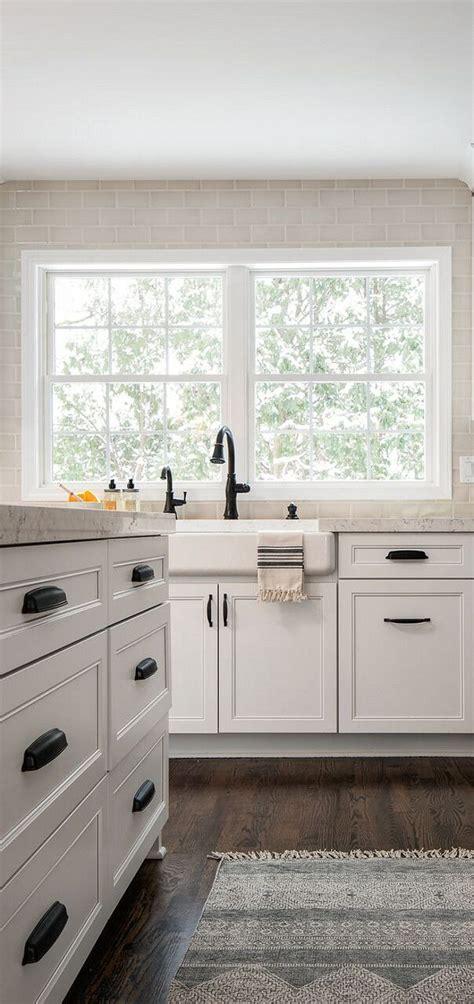 restoration hardware kitchen cabinet hardware best 25 restoration hardware bathroom ideas on 7775