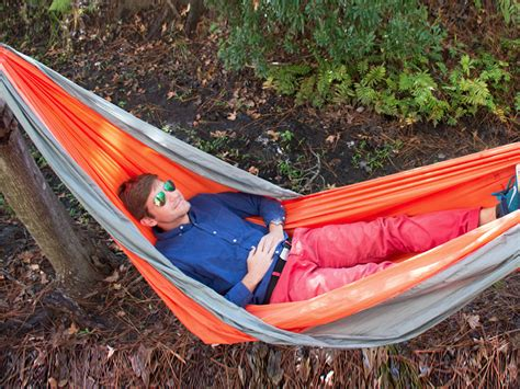 Survival Hammock by Ultimate Survival Technologies Slothcloth Cing