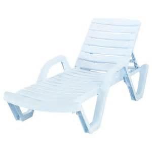 plastic outdoor lounge chairs doors