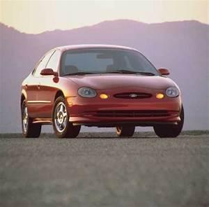 Ford Taurus Sho  1997