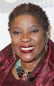 Loretta Devine Photos - 48th NAACP Image Awards Non ...