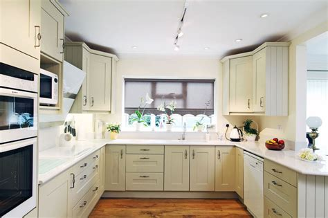 shaped kitchen designs  modern classic interiors