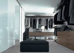 Amazing Modern Walk In Closet Bag Amazing Modern Walk In Closet Design Ideas Small Walk In Closet