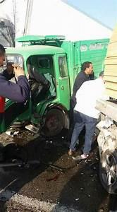Nombre De Mort Sur La Route 2018 : tunisie plusieurs morts et bless s suite une collision entre un camion et 25 voitures ~ Maxctalentgroup.com Avis de Voitures